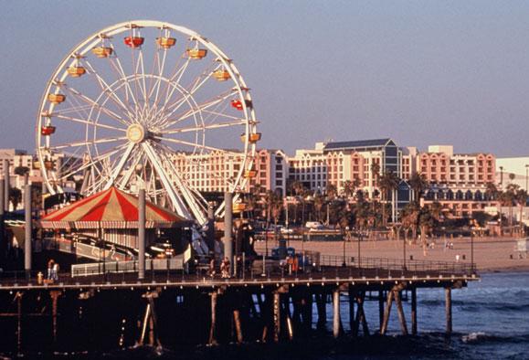 圣塔莫尼卡 (Santa Monica)