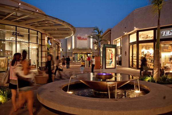 洛杉矶Westfield圣安妮塔购物中心