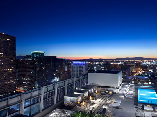 洛杉矶丽思卡尔顿酒店