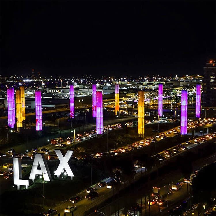 洛杉矶悼念科比布莱恩特LAX