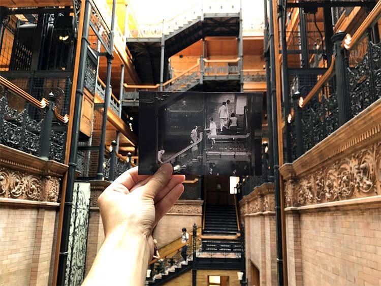 电影《艺术家》中布拉德伯里大楼 (Bradbury Building) 中的场景